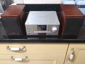 JVC EX-A1 Compact DVD Hi-Fi Bookshelf Video System & SP-EX-A1 Wood Cone Speakers