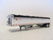 DCP 1/64 SCALE WILSON GRAIN TRAILER (HOPPER BOTTOM)  WHITE, SILVER HOPPERS
