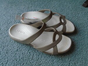 NWT Crocs Meleen Twist Sandal Size 7 Womens - Khaki/Oyster Relaxed Fit