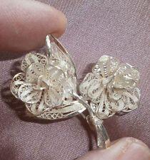 Broche 2 roses , fleur filigranne argent massif 800 - Manque boucle à l'arrière