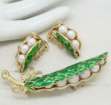 Vintage Style PEAS IN A POD Peapod Pearl Enamel BROOCH EARRINGS Jewellery Set