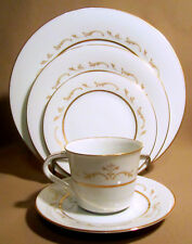 Noritake Jacqueline 6670 Lot of 5 Place Settings (25 pieces total)