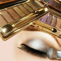 Glitter 9Colors Shimmer Eyeshadow Eye Shadow Palette & Makeup Cosmetic Brush Set