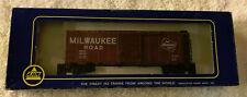 HO AHM Box Car -Milwaukee Road