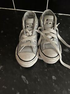Converse High Top Toddler Boots Size 10.5