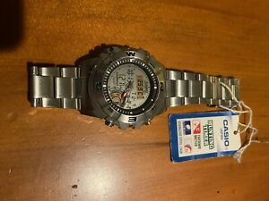 Casio Hunting Timer AMW 704 Digital Mens Watch Moon Phase and Thermometer
