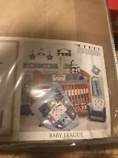 Baby League 6pc Set With Mobile.