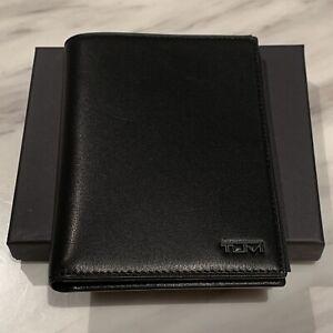 TUMI BLACK Delta Passport Case Full Leather with Ballistic Nylon Spine Card Slot