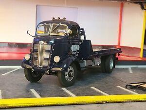 Danbury Mint - 1:24 - Rare 1938 GMC Car Carrier / Flat Bed Truck. Coe.