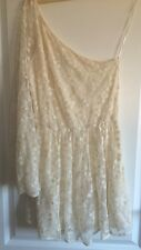 Topshop One Shoulder Dress in a beautiful Floral Lace Design - Size 12