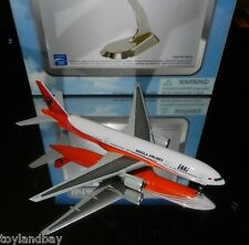 Dragon Wings 56059 TAAG Angola Airlines Boeing 777-200 1:400 Scale REG#DZ-TEE