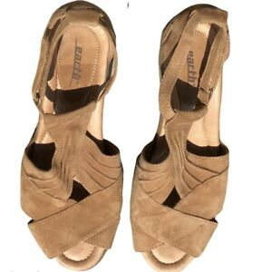 EARTH Women's 9D WIDE Curvet Comfort Biscuit Suede Leather Wedge Sandals Shoes
