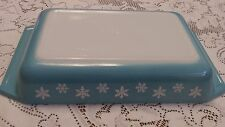 PYREX Snowflake Turquoise #548-B 1-1/4 QUART Rectangle Baking                 a7