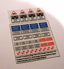 OO Scale British Rail & Network Rail Level Crossing Signs Set