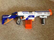 Nerf N-strike Elite Retaliator con todos los accesorios