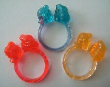 VINTAGE Plastic KISSING COUPLE Gumball Toy Prize Ring LOT 1960's