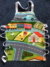 TODDLER'S PVC PLASTIC WIPE CLEAN CRAFT/COOKING APRON - ROAD DESIGN. IDEAL GIFT