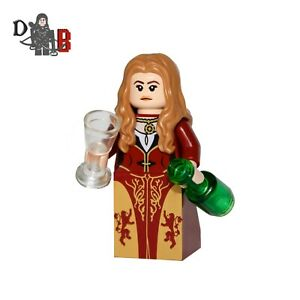 Game of Thrones Cersei Lannister Minifigure. Made using LEGO & custom parts.