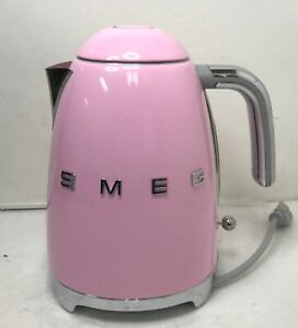 NEW OPEN BOX Smeg KLF03PKUS 7-cup Electric Fixed Temperature Kettle, Pink $215