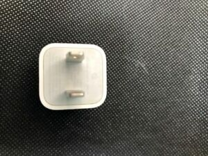Lot of 20 x OEM Apple 5W USB Power Charger Wall Plug for iPhone X 8 iPod used.
