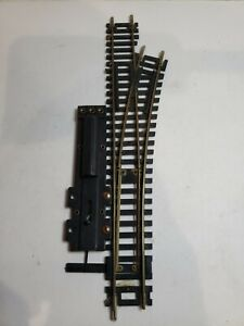 SNAP SWITCH HO SCALE #4 RIGHT.