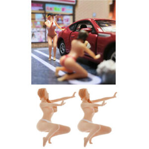 2Pcs 1/64 Hand Painted Doll Scenes People Plastic Model Table Ornaments