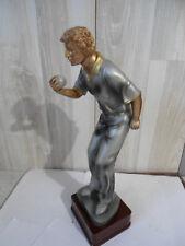 trophée, statuette representant un joueur de boule bretonne H 30 CM (630)
