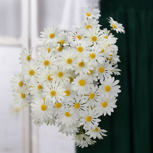 Wholesale beautiful artificial small daisies fake flowers home furnishings