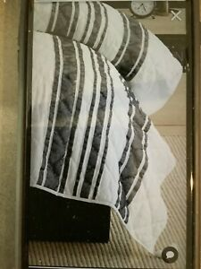 pottery barn mesa stripe king quilt black/white #1969