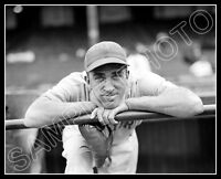 Carl Hubbell Photo 8X10 - 1937 New York Giants - Buy Any 2 Get 1 Free