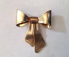 Gold Tone Metal  Ribbon Bow Brushed Gold Plated Brooch Dress Pin by Avon 1980
