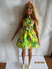 """Poupée Barbie Fashionistas Curvy N°126 """" Look Tropical """""""