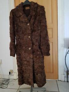 manteau en astrakan vintage