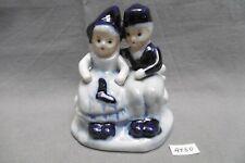 figurine deux enfants en faïence de Delft Pays Bas (réf AY60)