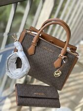 Michael Kors Leather Messenger Crossbody Handbag Bag Satchel Purse Clutch Wallet