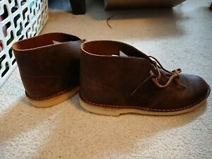 Clarks mens Desert Boots- size 10.5 - Colour Beeswax - new with box