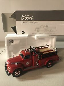 First Gear 1951 Ford Pumper Texaco Fire Chief 19-2319 1:34 scale