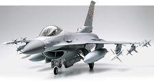 Tamiya 1/32 USAF F-16 CJ (Blk 50) FIGHTING FALCON Jet Fighter Aircraft Kit 60315