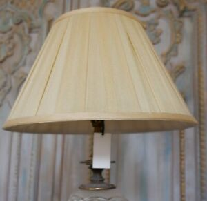New SILK Pleated GOLD Lined Lamp Light Shade Round Sizes 40/45cm