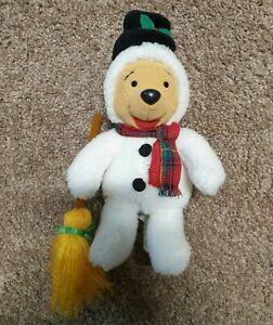 Disney Snowman Pooh beanie
