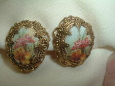VINTAGE WEST GERMANY PORCELAIN FLORAL CLIP EARRINGS IN GIFT BOX