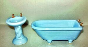 2 PC. BLUE PORCELAIN BATH ROOM  DOLLHOUSE FURNITURE  MINIATURES NEW 349BL NEW