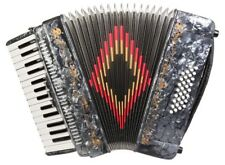 Rossetti, 3032, Piano Accordion 32 Bass, 30 Key, 3 Switch, Case & Straps GREY