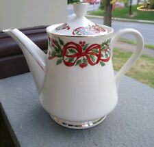 Centurion Collection RIBBON HOLLY Coffee Teapot