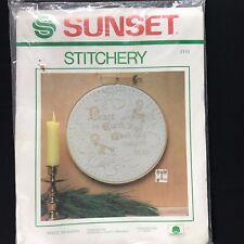 Sunset PEACE ON EARTH Angels Christmas Sampler Stitchery Picture Kit NEW