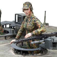 SOL RESIN FACTORY, MM242, 1:16, Bundeswehr Female Tank Loader (1 FIGURE)