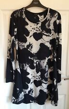 Ladies Black/White Mix River Island Long Top/Dress - Size 10