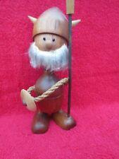 Figurines jouet ancien   Viking en bois  18 CM