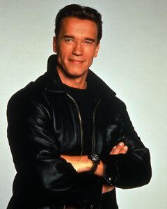Schwarzenegger, Arnold (14933) 8x10 Photo
