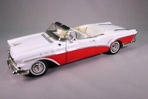 LE1116 MOTOR MAX 73152 voiture 1/18 1:18 Buick raodmaster cabriolet 1957 blanc